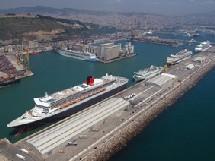 Le port de Barcelone prend le large