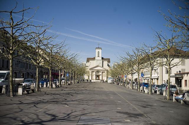 Carouge, cette ville à l'architecture sarde qui abrite aujourd'hui 20.000 habitants, est devenue un petit « Saint Germain des Prés » de l'agglomération genevoise - DR