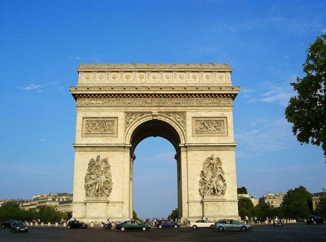 Les Français sont davantage partis en vacances en France avec un taux de départ en hausse de 1,3 point (en juillet).  DR photo-libre.fr