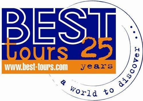 En attendant, Philippe Bertholet et la comptable, seuls rescapés de Best Tours en France, gèrent les affaires courantes.