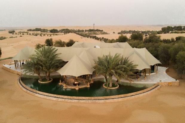 A mi-chemin entre Abu Dhabi et Al Ain, le Telal Resort dévoile sa nouvelle villa ultra-luxe en plein désert. - DR