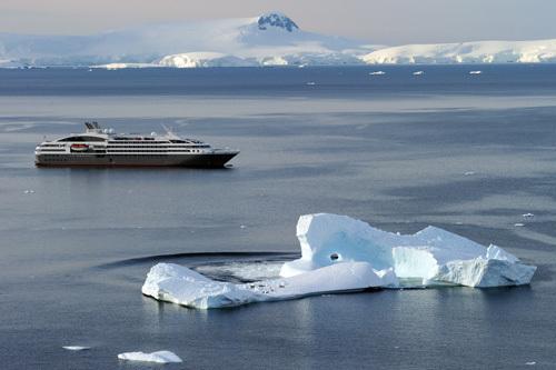Le Boréal un Yacht de 132 cabines a été lancé en 2010.  Il s'est vu décerné la médaille d'or « Best Newcomer of the year 2010 »