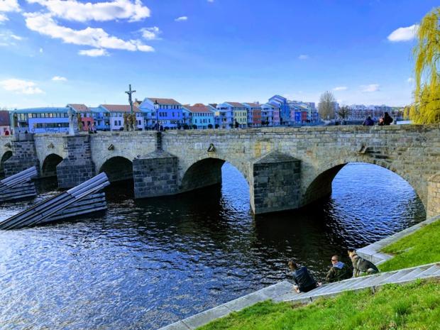 Le magnifique pont de Pisek /crédit photo JDL