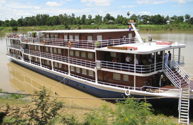 La grande nouveauté du catalogue reste le Mékong. La compagnie vient en effet de prendre en affrètement total pour quatre ans sur un bateau de 24 cabines, d'août 2012 jusqu'en avril 2013 - DR : CroisiEurope