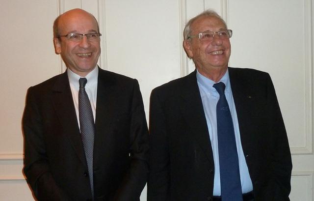 Richard Vainopoulos, président de Tourcom et Jean Korcia, président de Manor, sur le stand Amadeus à Top Resa - DR : Michèle SANI