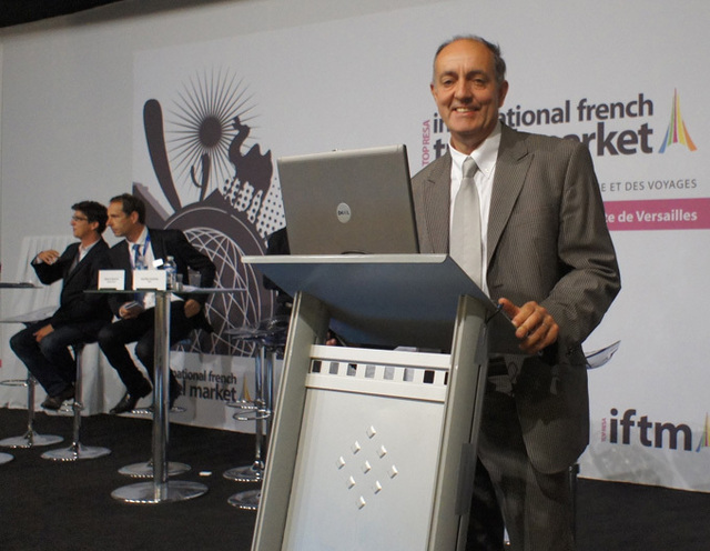 Guy Raffour à Top Résa, à l'occasion de la présentation de l'étude sur les nouveaux comportements de la clientèle loisirs observés par les agents de voyages - DR : C.Eymery