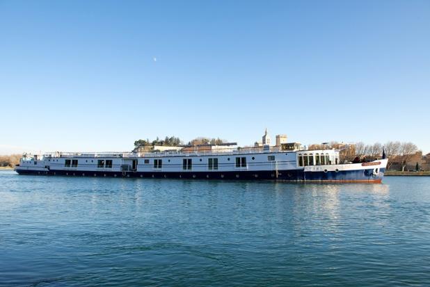 La compagnie des Grands Bateaux de Provence a inauguré le lancement de la saison avec l'aménagement du ponton d'Avignon, sur les berges du Rhône - DR