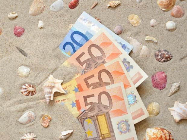 Dirigeants d'entreprises du tourisme, soyez fous : faites un petit effort envers vos salariés. - Photo : K.C - Fotolia.com