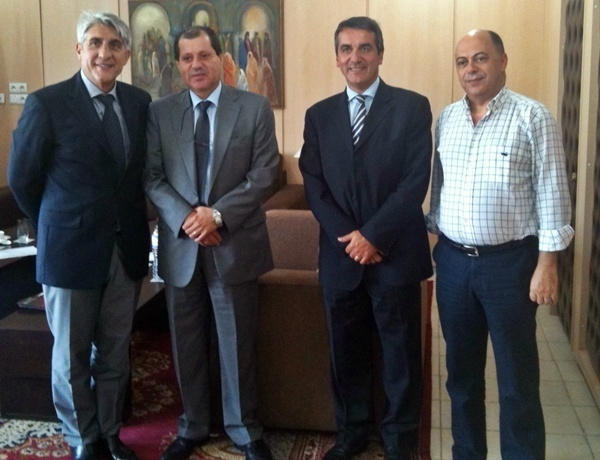 Lucien Salemi (à gche), Mounir Mouakhar, Président de la CCI de Tunis, Thierry Huck, Directeur Pôle Tourisme et mer à la CCI de Marseille et Nachêet Azzouz, Président de la commission tourisme