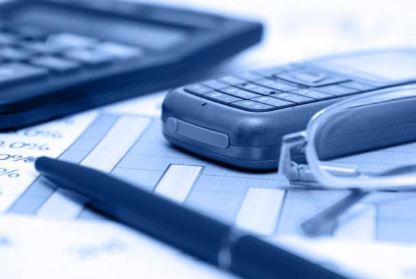 Un bon commercial peut évoluer vers des postes de responsable de service groupes, responsable commercial, ou formateur de commerciaux - Photo Fotolia
