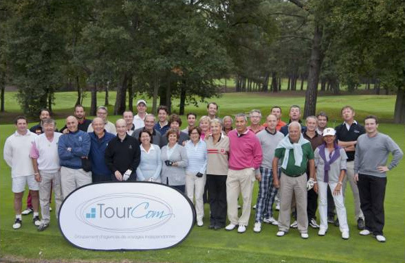 Les participants du 9ème Open de Golf organisé par Tourcom - Photo DR