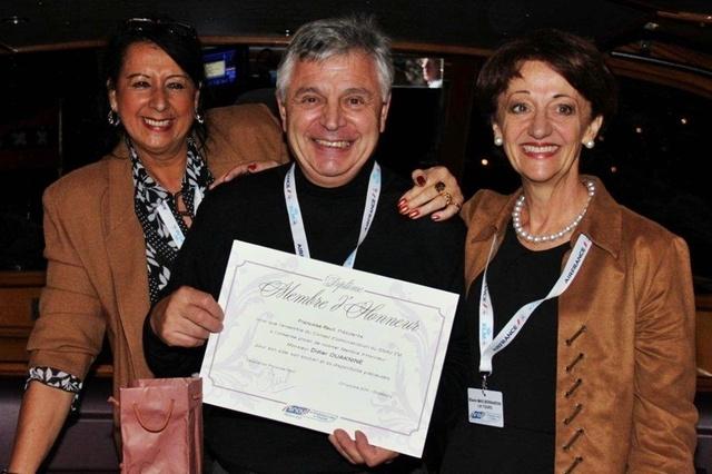 Didier Ouaknine, ancien dirigeant de l'Est Voyage a reçu un Prix d'Honneur pour son bénévolat aux actions de la chambre syndicale.
