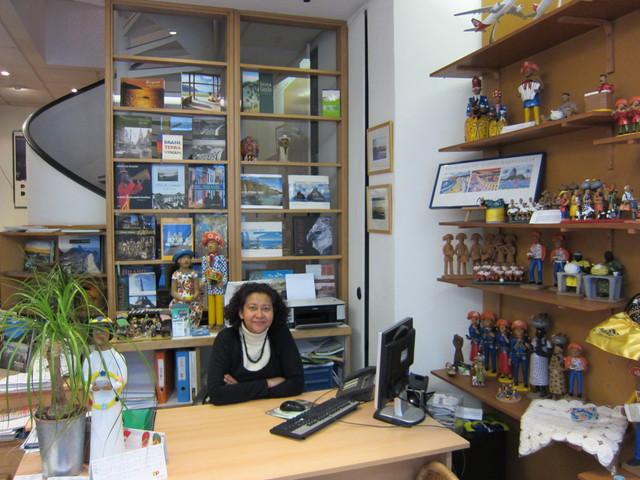 """Carmen Dias de Paula : """"Environ 60% de mes clients sont des Brésiliens qui vivent en France, mais qui ne parlent pas toujours très bien la langue. Lorsqu'ils arrivent ici, ils sont ravis d'être reçus en portugais"""" - DR"""