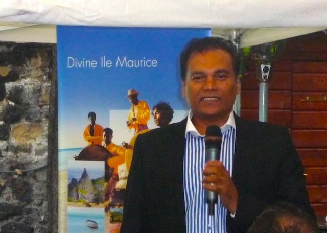Karl Mootoosamy, directeur de MTPA de l'île Maurice s'est ainsi rendu à Paris mardi 18 octobre 2011, pour échanger avec une trentaine de professionnels sur les actions à entreprendre en France.