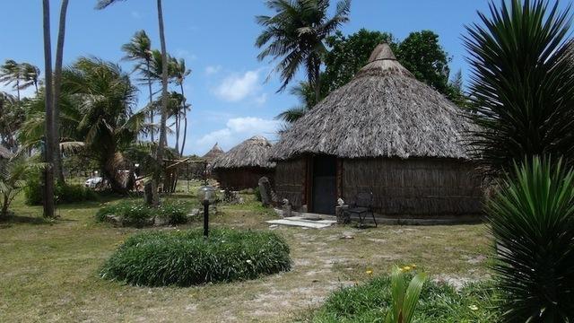 """Ce label baptisé """"Accueil en tribu des iles"""", en passe d'être étendu à l'ensemble des Iles Loyauté, permet aux touristes de séjourner de manière """"simple et authentique"""". Photo DR JdL"""