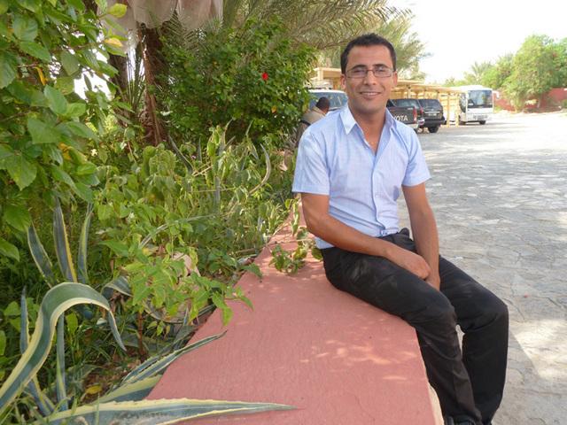 Ali Ben Zaied dirige Zaied Travel Agency, agence réceptive à Tozeur, qui a fait sienne les règles d'un tourisme responsable et équitable. Photo DR MS.