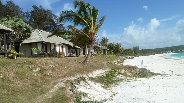 Carte de l'île de Lifou, l'hôtel se situe dans la Baie Wadra, sud est de l'île dans la tribu de Mu - Photo DR JdL