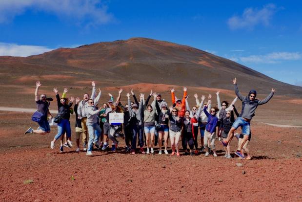 Les participants sur la route du volcan © Laurie Medina