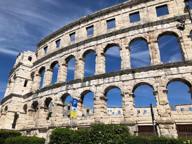 Le 6e plus grand amphithéâtre romain au monde est à Pula - crédit photo JDL
