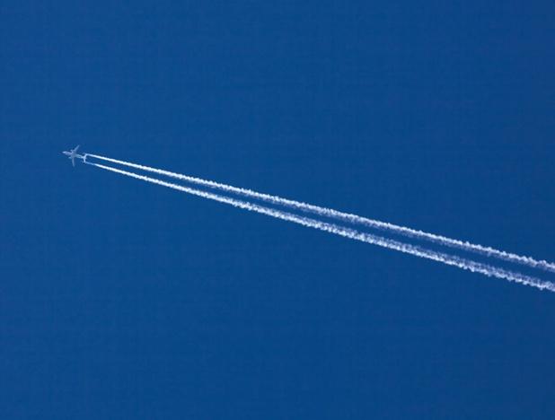 D'après la direction des EDV, la seule solution pour le secteur est de compenser le dioxyde de carbone émis par les avions en abondant à un fonds commun - ©Depositphotos.com ginasanders