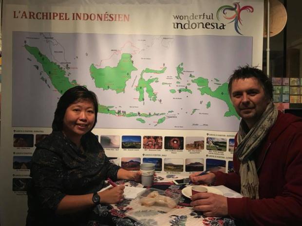 Eka Moncarré, directrice de l'OT d'Indonésie à Paris et Xavier Petit de Pays et Marché du Monde - DR