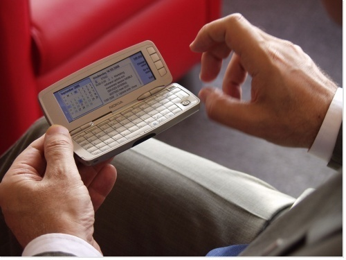 Le Baromètre EVP 2010 l'annonçait: les usages online et mobiles interviennent désormais sur toute la chaîne de valeur. - Photo-Libre.fr