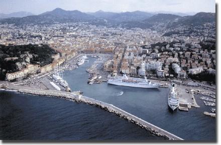La Côte d'Azur perd son trafic croisière en tête de lignes