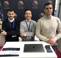 L'équipe de Hive Tech (3 anciens de Lausanne) composée de Kamil Bernat Faesch à gauche, Nigel Van Broekhoven au centre, et le responsable de la technologie Felix Velay  - Crédit photo : Hive Tech