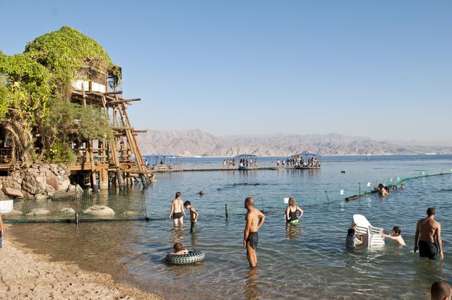 Eilat est appréciée par les voyageurs pour son allure occidentale.