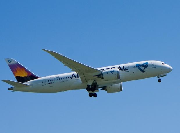 Air Austral cherche des solutions pour pouvoir mener à bien son programme estival 2019, alors que la haute saison démarre le 15 juin - DR : Wikimedia, Domenjod