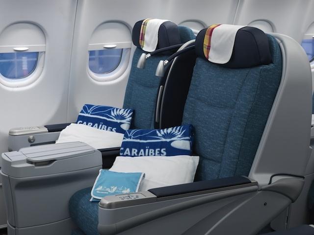 Air cara bes nouvel airbus a330 et 3 vols hebdo directs for Interieur 747 corsair
