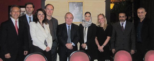 Hôteliers et TO ont déjeuné le 24 novembre 2011 avec Maitha Al Marhrouqi, Secrétaire d'État au Tourisme du Sultanat d'Oman - DR : B.F.