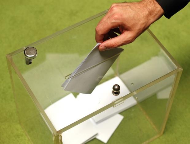 Quelque 187 parlementaires, tant de gauche que de droite appellent à, et c'est une première, un Référendum d'Initiative Partagée... - Depositphotos.com tomloel