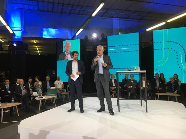 Alexandre Viros, directeur général d'e-voyageurs SNCF et Guillaume Pépy, président du directoire de SNCF, ont présenté l'assistant mobilité SNCF, le 18 juin 2019, dans les locaux de Ground Control, à Paris. - CL