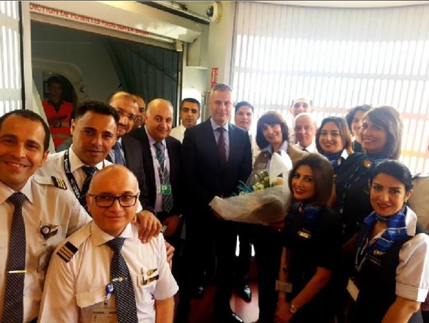 Le Capitaine Ahmed Adel et Mr. Ehab Ghazy, Président et Vice-Président d'Egyptair Holding était présent pour ce premier vol du Dreamliner B787-9 entre Paris et Le Caire  - DR