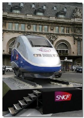 Révélation du label « 25 ans du TGV » à Paris Gare de Lyon le 27 février dernier et présentation du nouveau TGV Est P.O.S