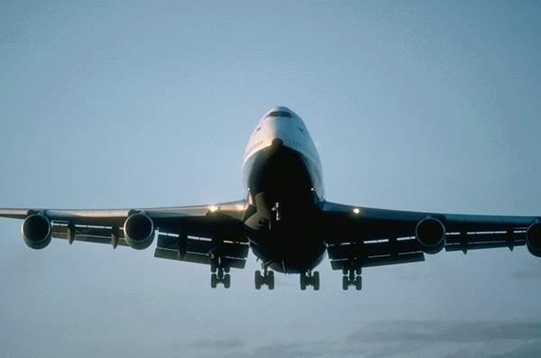 Aérien : si le nombre d'agréments a diminué au fil de l'année 2011, le volume de billetterie émise par les agences reste stable. Photo-Libre.fr