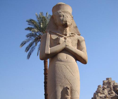 Le peuple égyptien, réputé pour son pacifisme et son hospitalité, est conscient des dangers qu'une aggravation de la situation politique ferait courir à son tourisme - DR : TourMaG.com