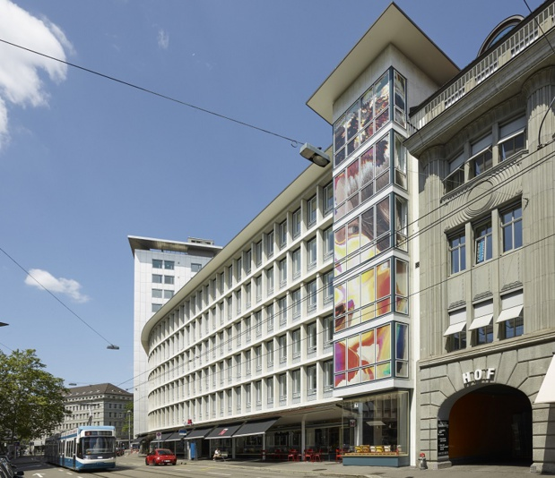 En plein centre-ville de Zurich, il propose 160 chambres réparties sur 5 étages, dans un immeuble historique datant des années 50 - DR : CitizenM