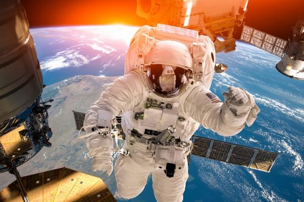 Plusieurs scientifiques appellent à réclamer un moratoire sur la conquête martienne face à l'urgence climatique. Les signataires se sont dits également « choqués » par l'ouverture de la station spatiale internationale au tourisme - DR : DepositPhotos, cookelma