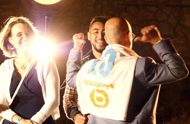 Dimitri Payet joueur de foot de l'OM et Gilbert Cisneros, PDG d'Exotismes lors de la soirée organisée à Marseille - Photo DR