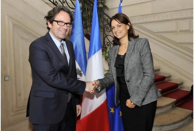 Stéphanie Balmir-Villedrouin, la ministre du tourisme d'Haïti, et Frédéric Lefebvre ont mis en place un partenariat pour développer le tourisme entre Haïti et les Antilles françaises - DR : L-A.C