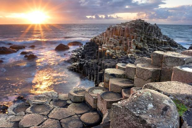 L'Irlande du Nord a accueilli 5 millions de viisteurs en 2018. Une année record. - Depositphotos
