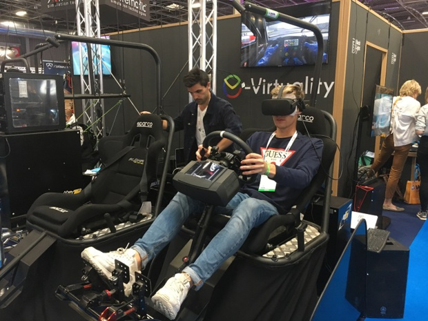 """e-virtuality a présenté, à l'édition 2019 de l'IAAPA, ses sièges dynamiques qui équipent l'attraction """"Sébastien Loeb Racing Xperience"""" du Futuroscope. - CL"""