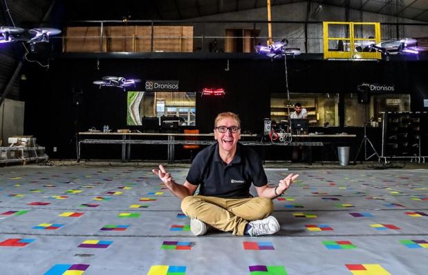 Jean-Dominique Lauwreins a fondé Dronisos, start-up spécialisée dans la création de show de drones lumineux, en 2017. - DR Dronisos