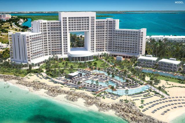 Posé sur une sable de sable blanc, l'hôtel comptera un total de 562 chambres - Photo DR