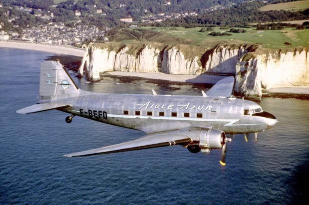 Un Douglas DC-3 d'Aigle Azur, l'un des premiers appareils de la compagnie dans les années 1950 ©DR