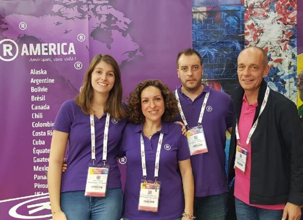Bruno Menu à droite et Maria Larrazabal Innes au centre avec l'équipe (R)America sur l'IFTM Top Resa - Photo CE
