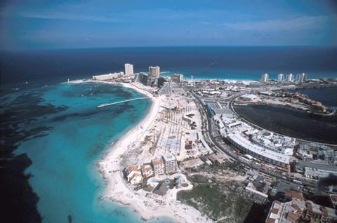 Cancun triomphe de l'ouragan et redouble de charmes