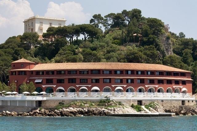 Les portes du Monte-Carlo Beach, hôtel niché au coeur de la nature rouvriront le 2 mars 2012 - Photo Beatrice Amagat